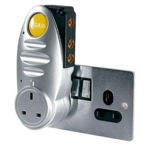 SLx Gold 2 Way Plug-Through Signal Booster for Digital Freeview TV