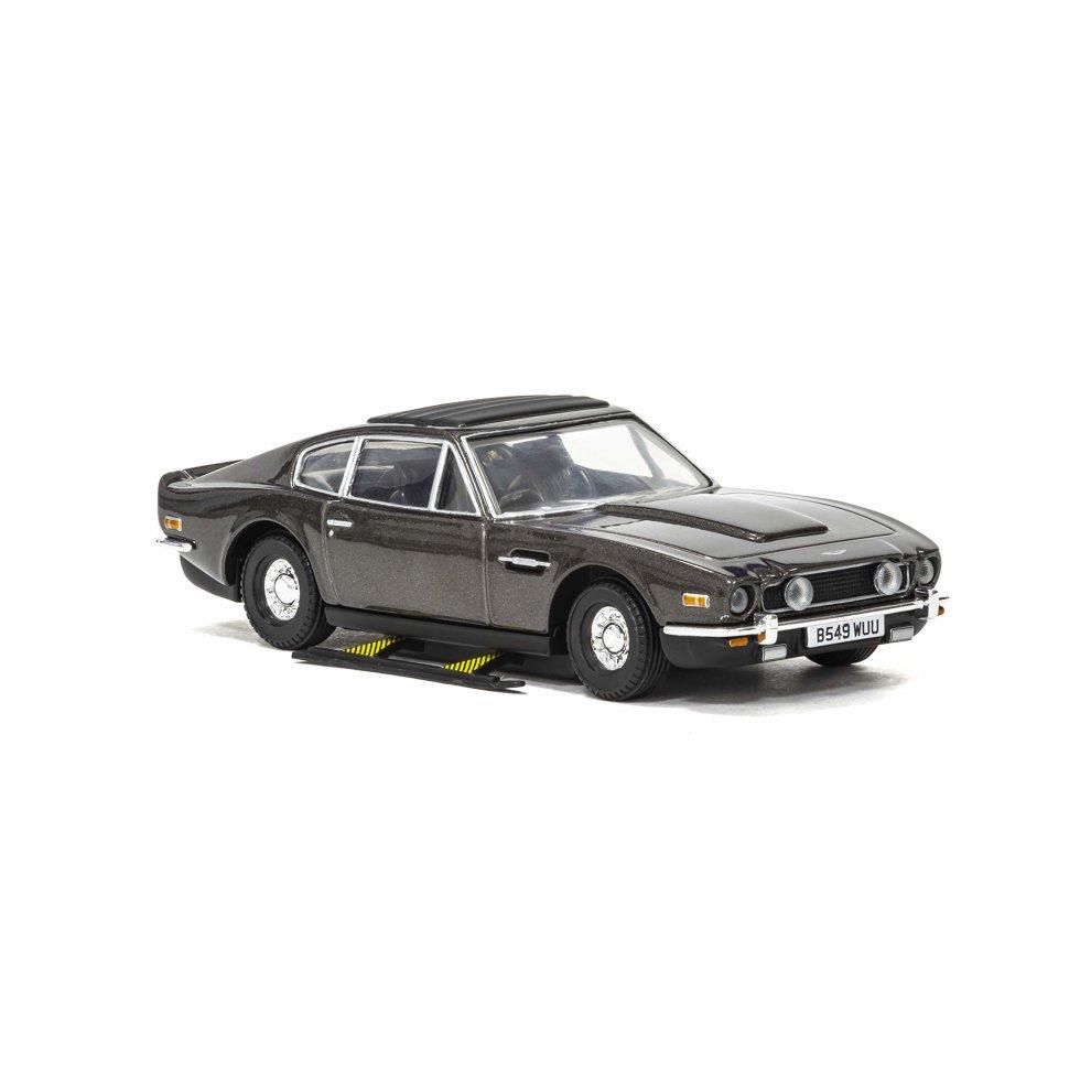 Aston Martin Vantage V8 136 Model Car