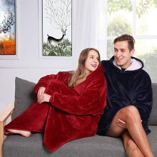 Oversized Plush Sherpa Hoodie Blanket - One Size - Blanket Jumper With Front Pocket