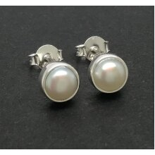 Real mabe pearl stud earrings, solid Sterling silver, 6mm diameter.
