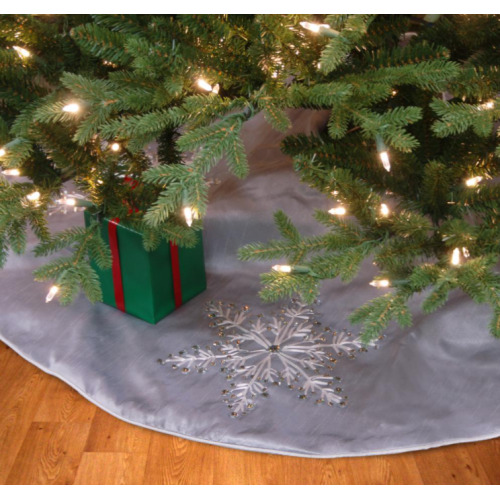 National Tree RAC-C30910C48-1 42 in. Tree Skirt with Snowflakes Design