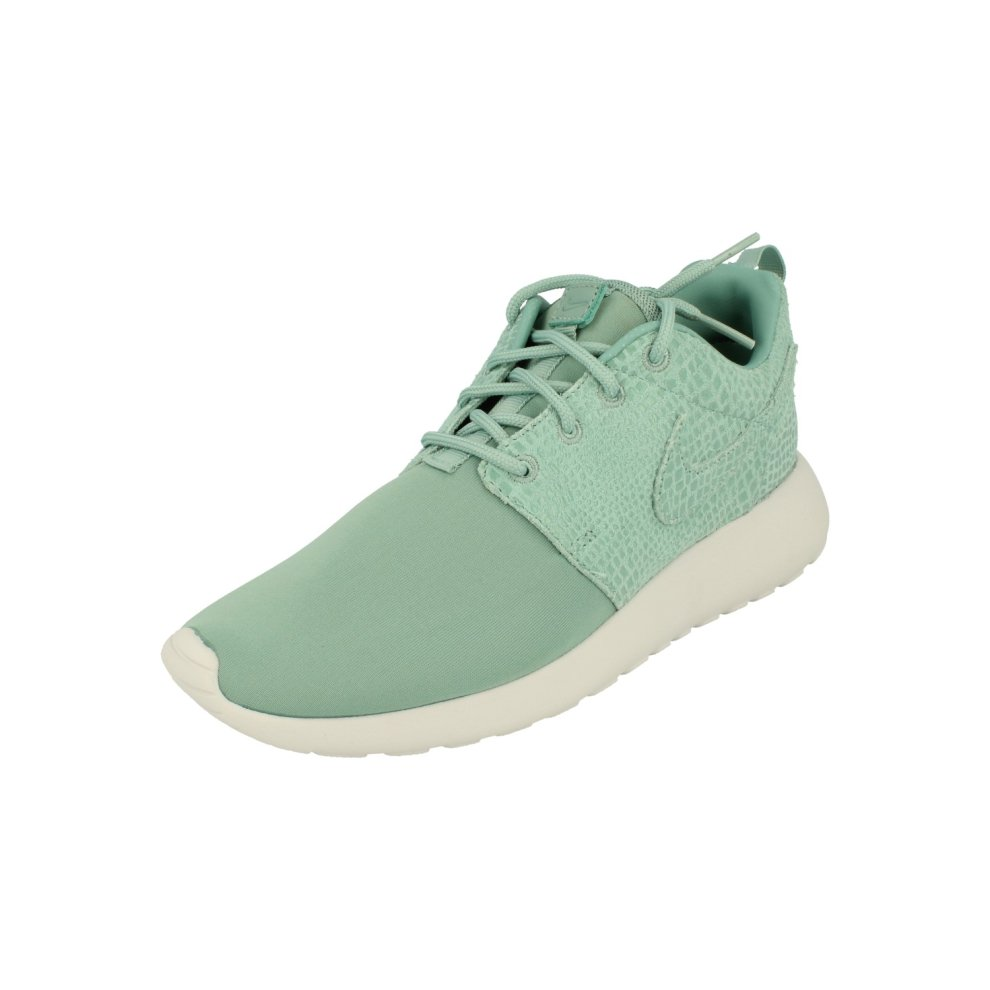 (4) Nike Womens Roshe One Print Running Trainers 844958 Sneakers Shoes