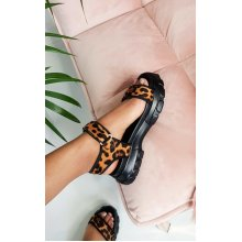 IKRUSH Womens Ayla Strap Chunky Sandals