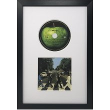 "14""x9"" CD Oxford Black Frame with White Mount - Glass Window"