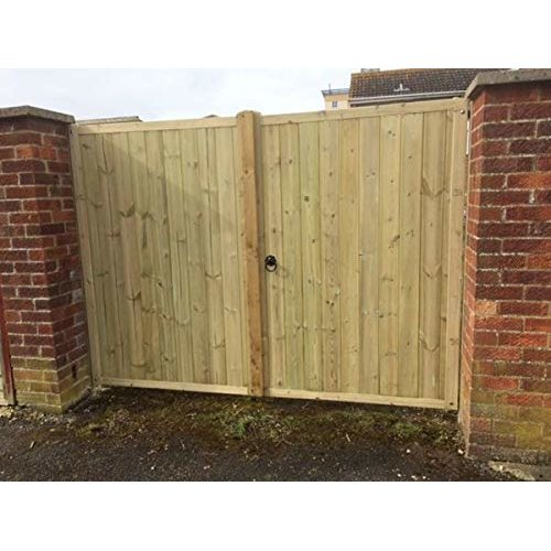 Wooden TVG Solid Top Driveway Gates - 5ft High - UP TO 8 WEEK WAIT