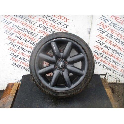 Mini Cooper S R50 00-06 Single Alloy Wheel + Tyre 205-45-17 1512352 *scuffs* - Used