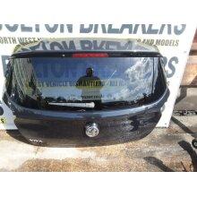 2015-2018 Vauxhall Viva Sl Hatchback 5 Door Tailgate Black(gar) - Used