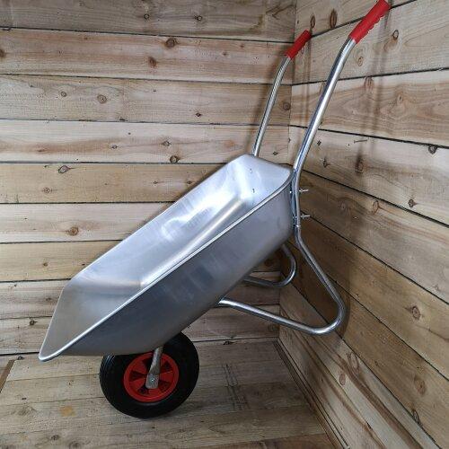 65 Litre 60kg Capacity Galvanised Metal Garden Wheelbarrow Pneumatic Tyre