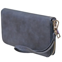 NV753 NAVY PURSE
