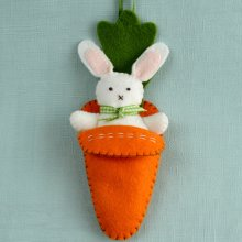 Corinne Lapierre Felt Craft Kit - Bunny in Carrot Bed
