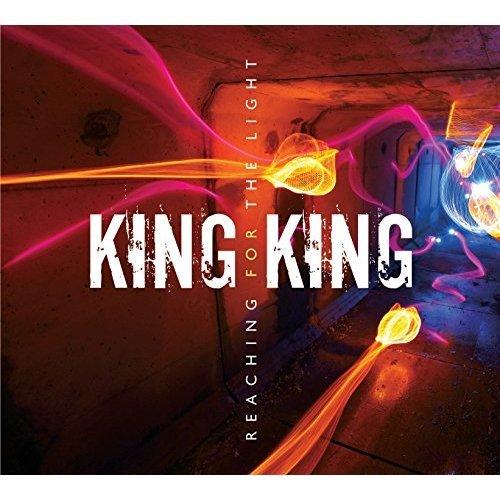 King King - REACHING FOR THE LIGHT [CD]