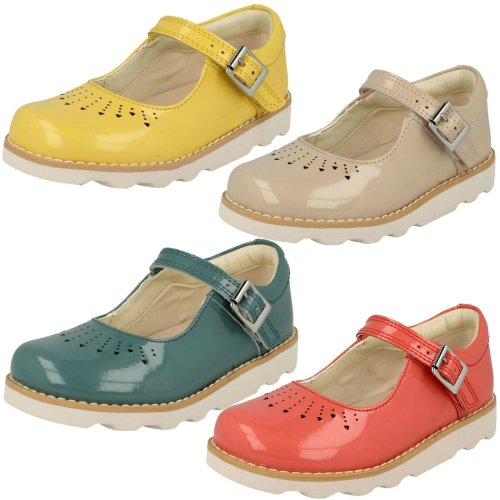 Girls Clarks Cut Out Detailed Shoes Crown Jump - G Fit