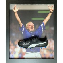 Framed Paul Gascoigne Rangers signed Puma boot with COA & proof