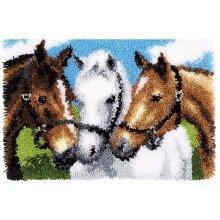 3 Horses Rug Latch Hooking Kit (52x38cm)