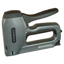 Staplers, Hole Punches & Accessories