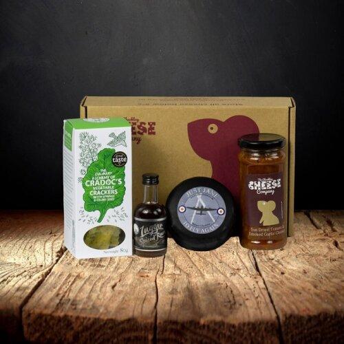 Rum and Cheese Gift Box