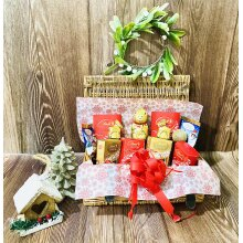Santa's LINDT Treat Christmas Hamper