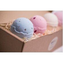 4 Delicious Bath Bombs - Very Berry, Vanilla, Lavender, Rose