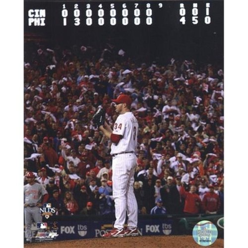 Roy Halladay throws the second no-hitter in MLB postseason history Sports Photo - 8 x 10