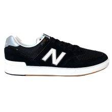 New Balance 574 Court Shoes - Black / White