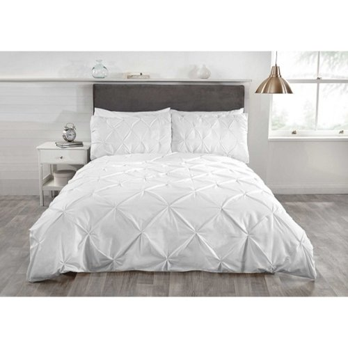 """Balmoral white duvet cover set luxurious, """"Belle Amie"""" by Rapport"""