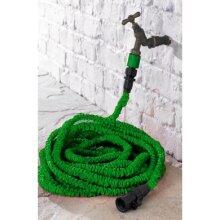 Groundlevel expandable hose and spray gun