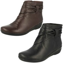 Ladies Clarks Ankle Boots Everlay Mandy - D Fit