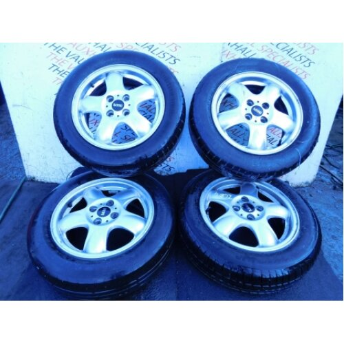 Mini Hatch One R56 Mk2 06-13 Set Of Alloy Wheels + Tyres 15 Inch 6769404 *scuffs - Used