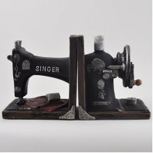 Pair of Singer Sewing Machine Bookends | Polyresin | Vintage Gift Idea