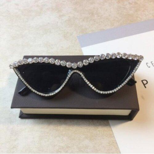 ZAOLIHU Luxury  Diamond Women Sunglasses Black Frame Cat Eye Sun Glasses UV400 Bling Bling Eyewear oculos de sol