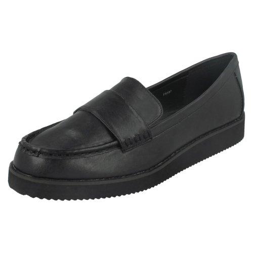 Ladies Spot On Saddle Trim Thick Sole Shoe