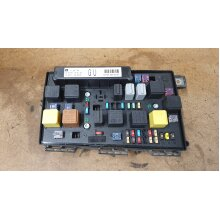 VAUXHALL ASTRA H FRONT BCM ELECTRIC UEC CONTROL FUSE BOX  13206748 - Used