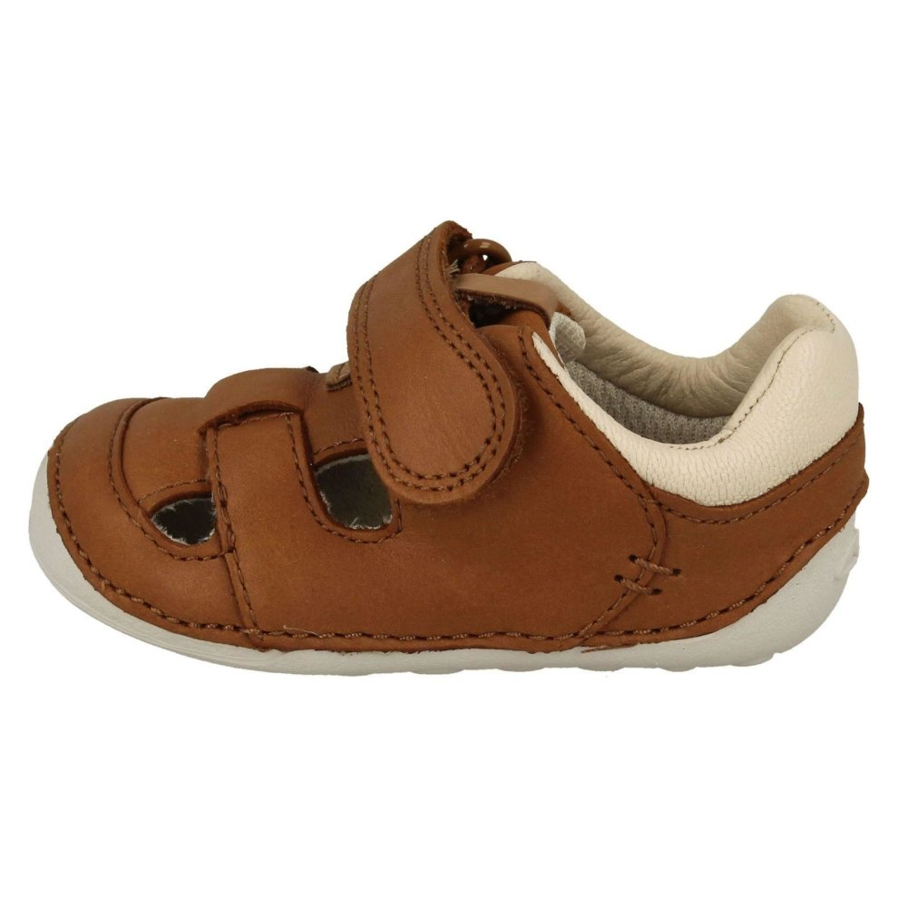 Clarks Boys Tiny Ash Navy Leather First Shoe Cruisers G Fitting