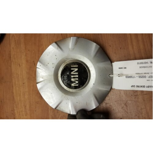 MINI R50 R52 R53 3 DR HATCH 2001-2006 ALLOY CENTRE CAP 14318410 - Used