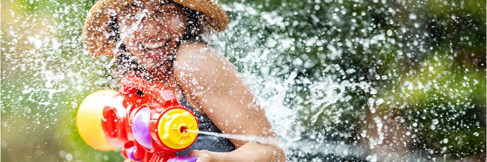 children water pistol game