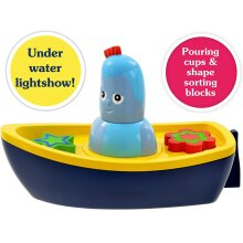 NEW! In the Night Garden Iggle Piggle's Lightshow Bath-Time Boat Toy