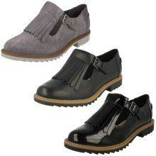 Ladies Clarks Buckle Fastened Fringe Flats Griffin Mia - D Fit
