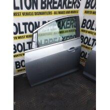 09-15 Vauxhall Astra J Hatch 5 Door Complete (front Passenger Side) Silver Zgev - Used