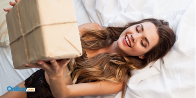 How To Make A Sexy Self-Care Package