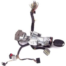 Ford Focus C Max Ignition Lock Barrel + Key + Wiring Loom Plugs 3M51-3F880-AC - Used