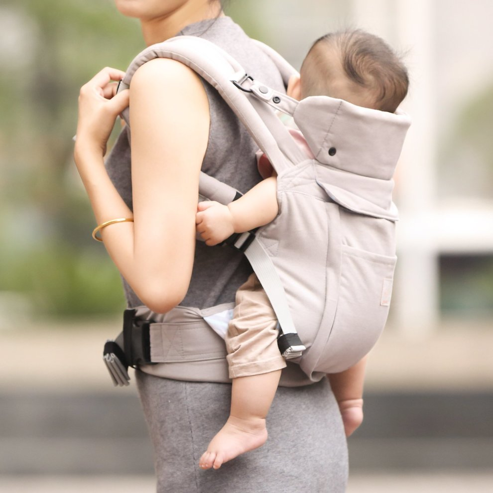 GAGAKU Ergonomic Baby Carrier Soft Cotton Front and Back Child Carrier with Detachable Hood for all Seasons 5-48 Months Grey