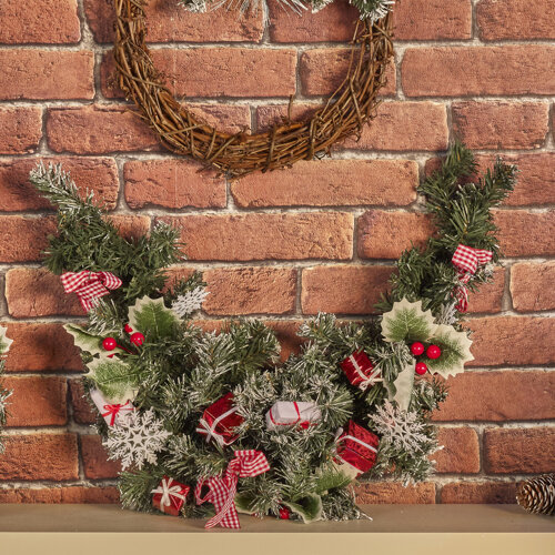 Nordic Christmas Wreath | Decorative Garland
