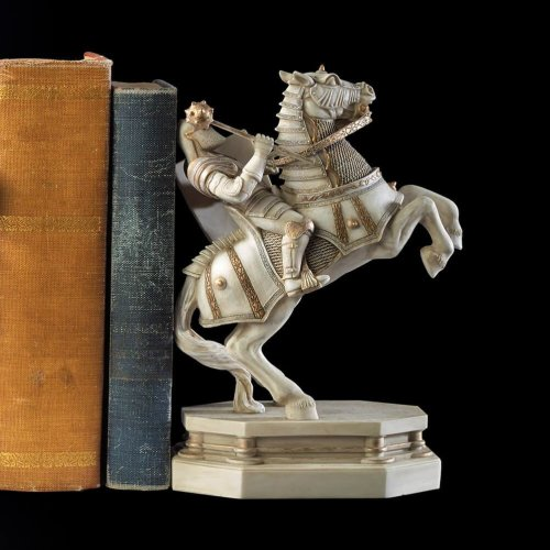 Harry Potter Wizard Chess White Knight Bookend
