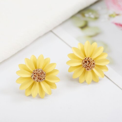 Yellow Daisy Flower Studs