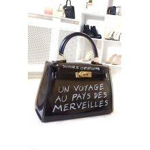 IKRUSH Womens Niena Clear Slogan Handbag
