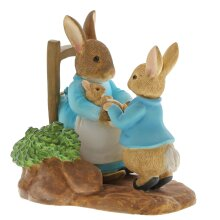 Beatrix Potter At Home by the Fire with Mummy Rabbit Figurine