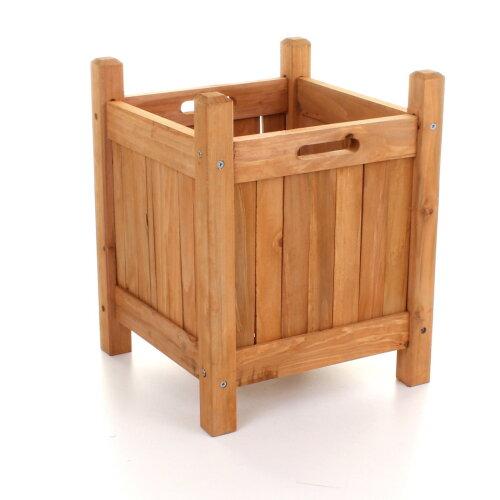 (Small) Stylish wooden planters