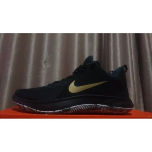 Nike Fly By Low Size Us 8 5 Uk 7 5 Eu 42 On Onbuy