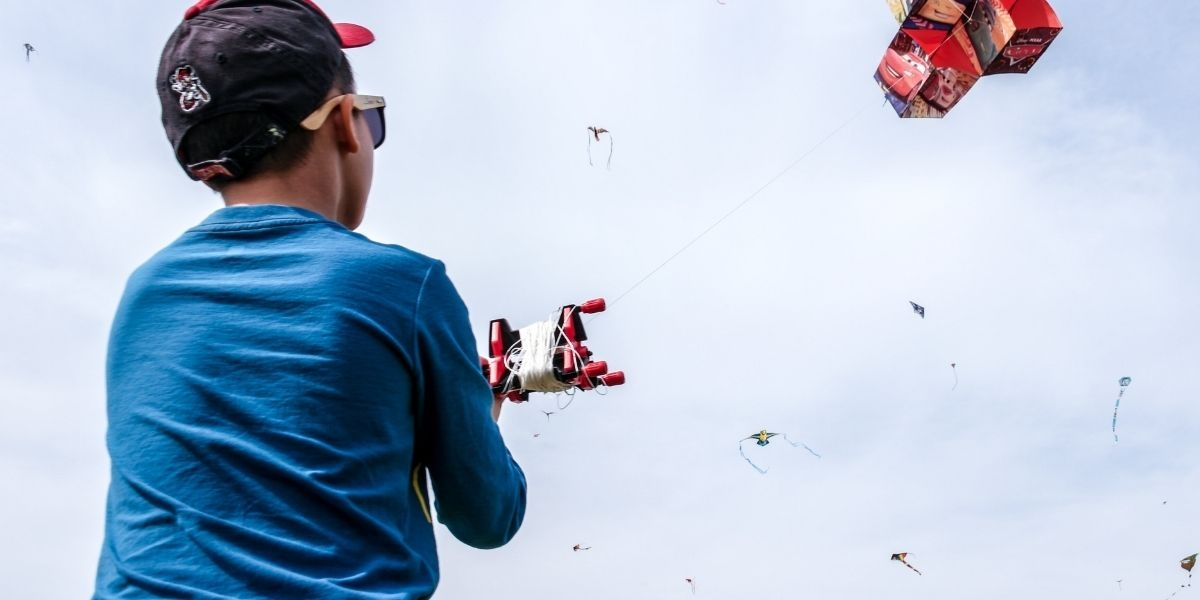 How To Choose The Best Flying Toys For Kids