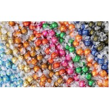 Lindt Lindor Truffles 8-10 Flavour Truffles - 100 Truffles by Lindt